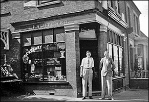 Shop at No 2 Kings Road in 1935