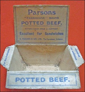 Dish for potted beef